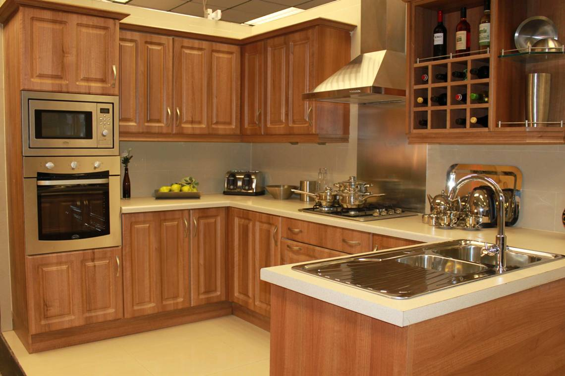 Kitchens southend on sea cheap kitchens southend on sea for Cheap fitted kitchens